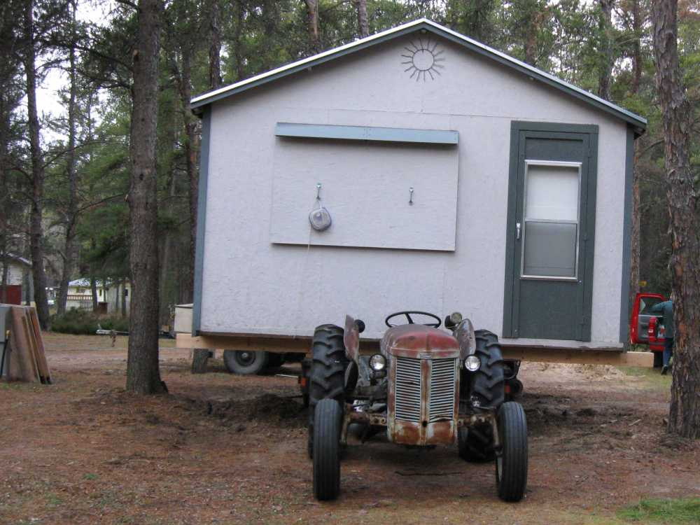 John Kundert's Manitoba Nudist Scrapbook: Gallery 04/04...Moving our cottage to the new park