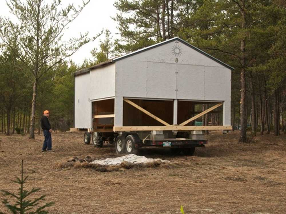 John Kundert's Manitoba Nudist Scrapbook: Gallery 04/05...Moving our cottage to the new park