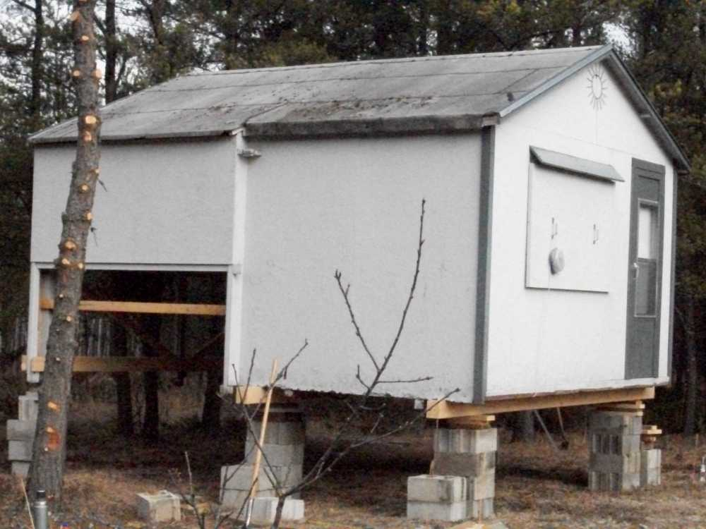 John Kundert's Manitoba Nudist Scrapbook: Gallery 04/10...Moving our cottage to the new park