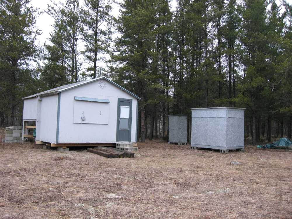 John Kundert's Manitoba Nudist Scrapbook: Gallery 04/13...Moving our cottage to the new park