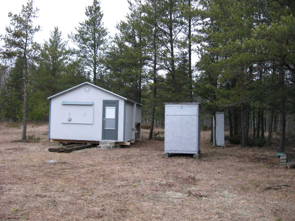 John Kundert's Manitoba Nudist Scrapbook: Gallery 04/14...Moving our cottage to the new park