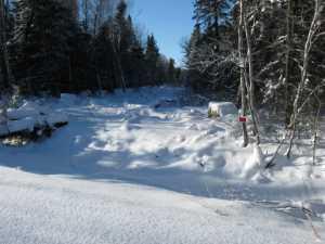 John Kundert's Manitoba Nudist Scrapbook: Gallery 05/03...The new land under December snow