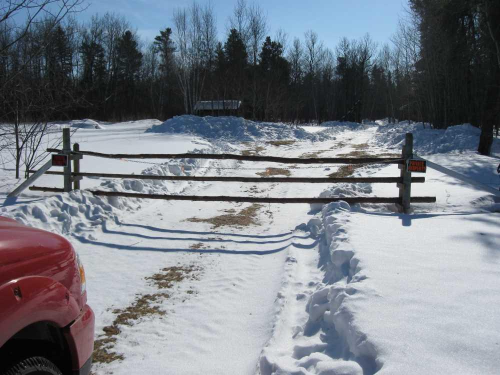 John Kundert's Manitoba Nudist Scrapbook: Gallery 06/01...Hydro tries winter pole installation