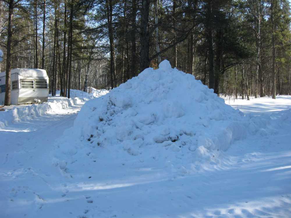John Kundert's Manitoba Nudist Scrapbook: Gallery 06/20...Hydro tries winter pole installation
