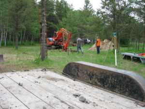 John Kundert's Manitoba Nudist Scrapbook: Gallery 11/05...Sewage holding tanks are installed