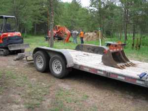 John Kundert's Manitoba Nudist Scrapbook: Gallery 11/06...Sewage holding tanks are installed