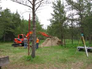 John Kundert's Manitoba Nudist Scrapbook: Gallery 11/08...Sewage holding tanks are installed