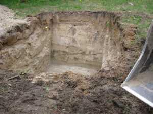 John Kundert's Manitoba Nudist Scrapbook: Gallery 11/13...Sewage holding tanks are installed