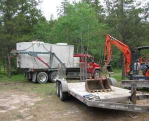 John Kundert's Manitoba Nudist Scrapbook: Gallery 11/15...Sewage holding tanks are installed