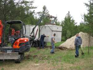 John Kundert's Manitoba Nudist Scrapbook: Gallery 11/19...Sewage holding tanks are installed