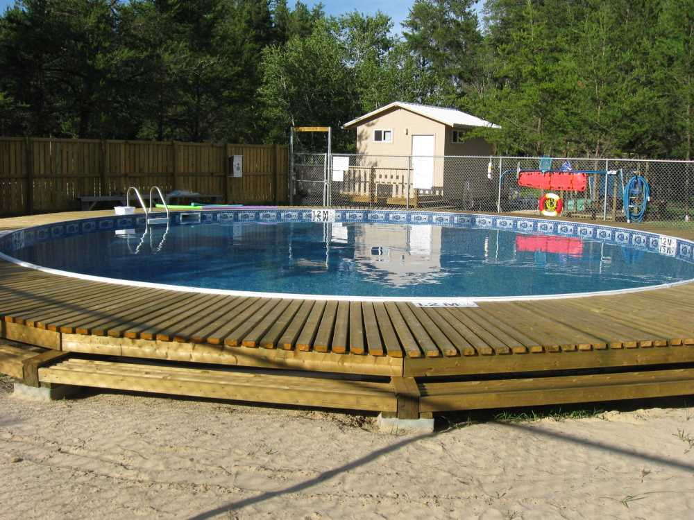 John Kundert's Manitoba Nudist Scrapbook: Gallery 26.1/02...The park's new swimming pool officially opens