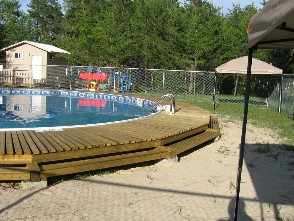 John Kundert's Manitoba Nudist Scrapbook: Gallery 26.1/03...The park's new swimming pool officially opens