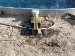 John Kundert's Manitoba Nudist Scrapbook: Gallery 26/04...Building a splash deck for the pool