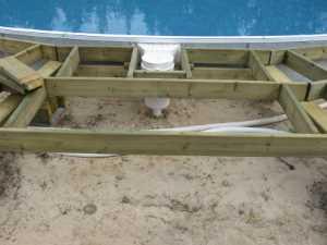 John Kundert's Manitoba Nudist Scrapbook: Gallery 26/10...Building a splash deck for the pool