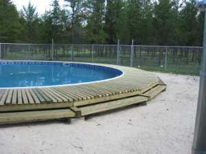 John Kundert's Manitoba Nudist Scrapbook: Gallery 26/17...Building a splash deck for the pool
