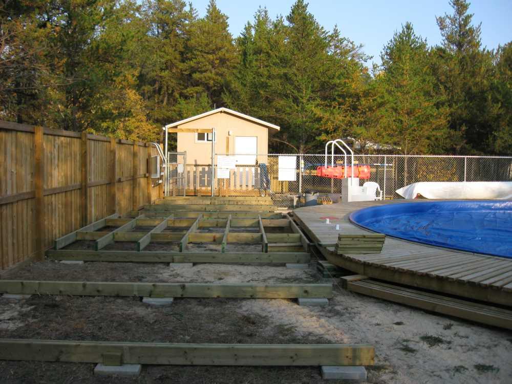 John Kundert's Manitoba Nudist Scrapbook: Gallery 32/05...Work begins on the new sun deck