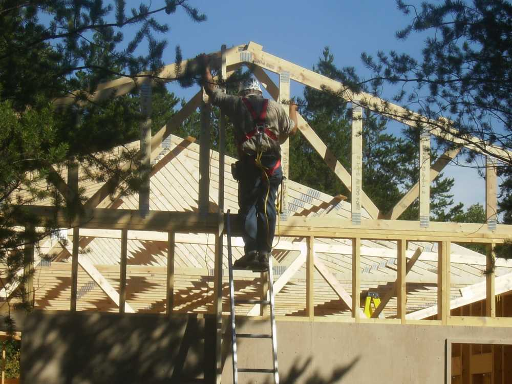 John Kundert's Manitoba Nudist Scrapbook: Gallery 38/12...Adding rafters to the clubhouse