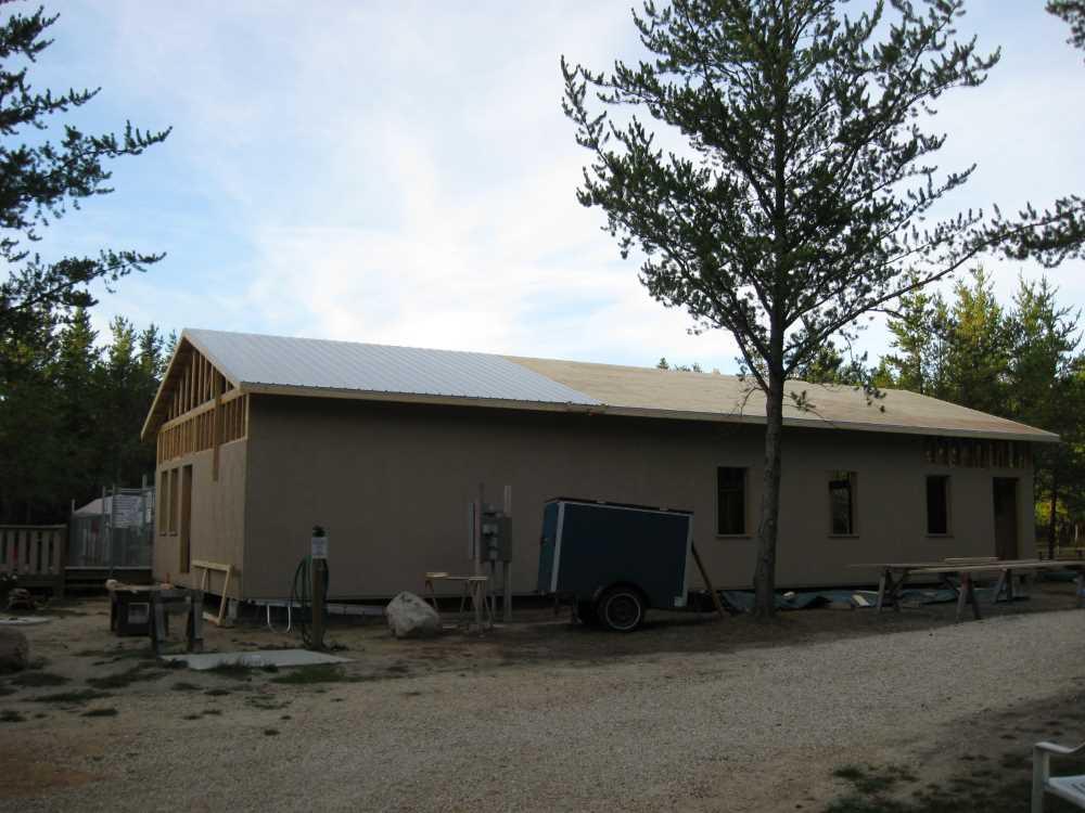 John Kundert's Manitoba Nudist Scrapbook: Gallery 39/04...Plywood sheathing and metal roofing applied