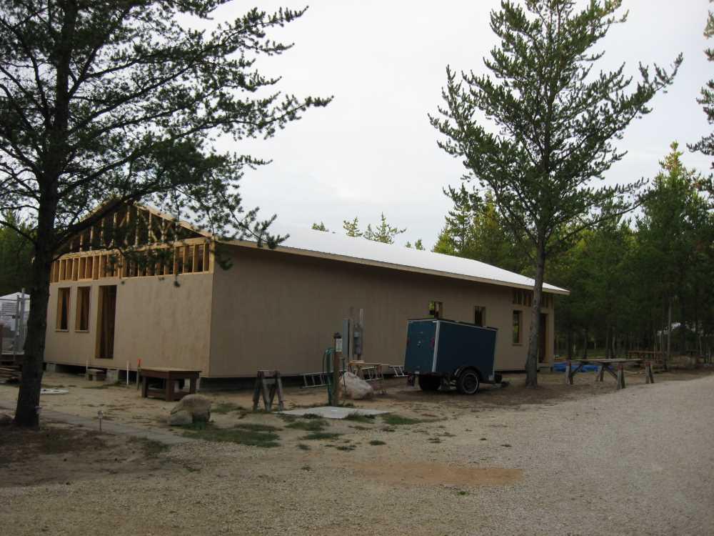 John Kundert's Manitoba Nudist Scrapbook: Gallery 39/07...Plywood sheathing and metal roofing applied