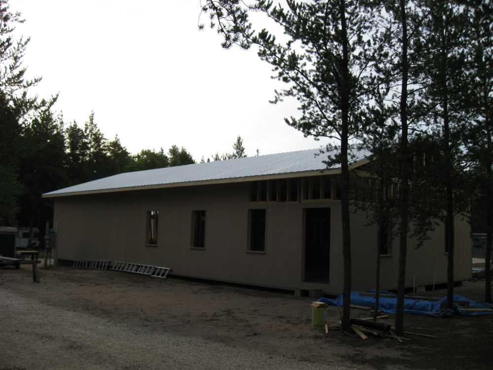John Kundert's Manitoba Nudist Scrapbook: Gallery 39/08...Plywood sheathing and metal roofing applied