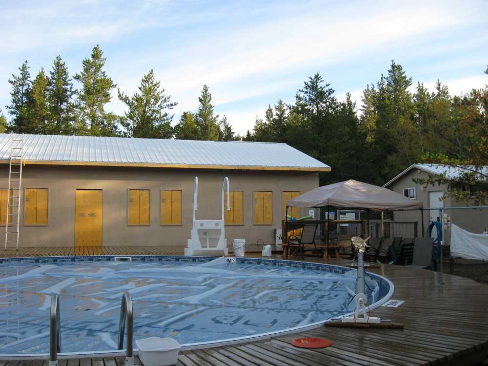 John Kundert's Manitoba Nudist Scrapbook: Gallery 39/17...Plywood sheathing and metal roofing applied