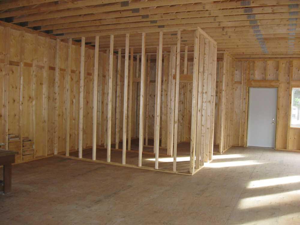 John Kundert's Manitoba Nudist Scrapbook: Gallery 41/03...Walls are framed, decks and steps built