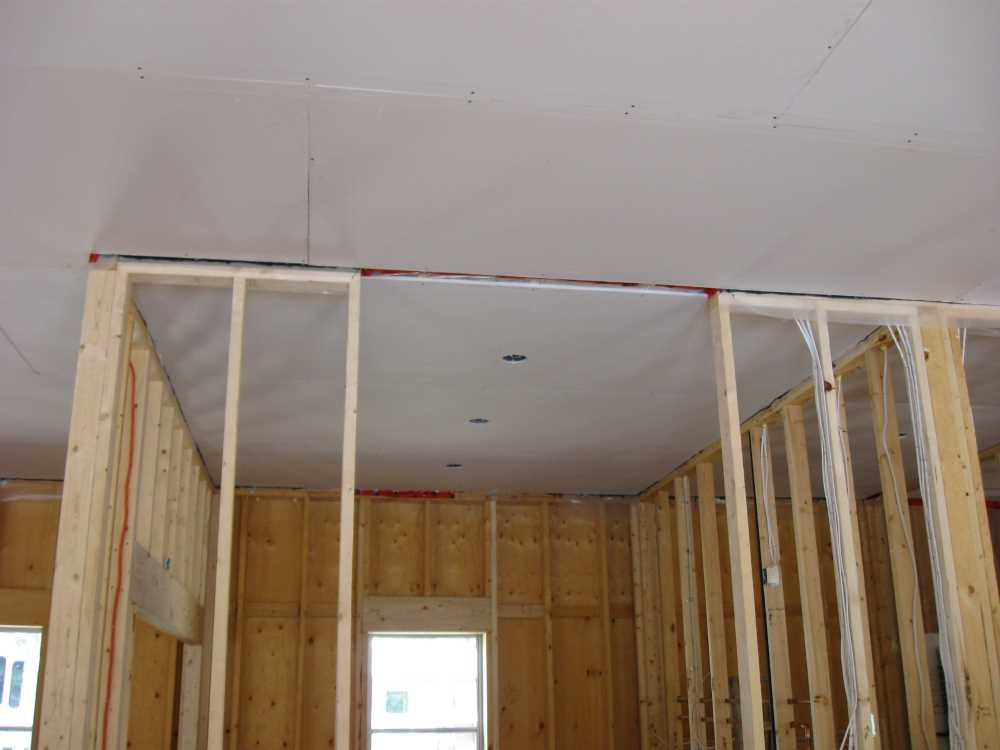 John Kundert's Manitoba Nudist Scrapbook: Gallery 44/08...Insulation, vapour barrier and drywall added