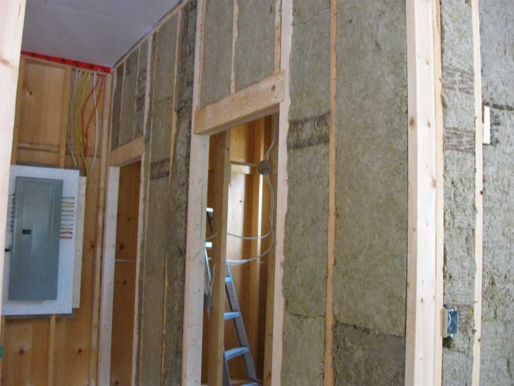 John Kundert's Manitoba Nudist Scrapbook: Gallery 44/13...Insulation, vapour barrier and drywall added